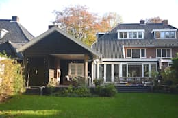 Aanbouw met veranda: moderne Huizen door Boks architectuur