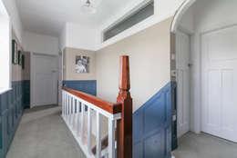 Corridor & hallway by SDA Architecture Ltd