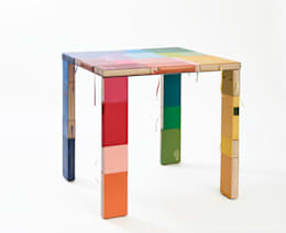 BOOKED square table : moderne Woonkamer door BOOKED  by Jacqueline le Bleu