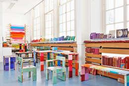 Studio BOOKED by Jacqueline le Bleu: moderne Studeerkamer/kantoor door BOOKED  by Jacqueline le Bleu