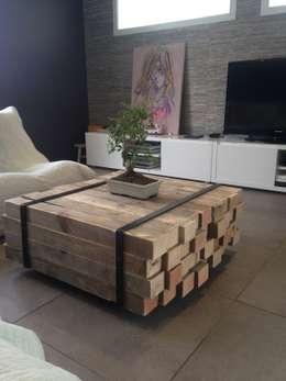 Table basse: Salon de style de style Industriel par Lilou de la palette