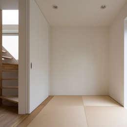 scandinavian Bedroom by M設計工房
