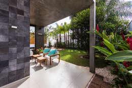 Hiên, sân thượng by Felipe Bueno Arquitetura