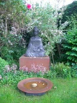 eclectic Garden by Tina Brodkorb Landschaftsarchitektur