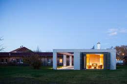 Projekty, nowoczesne Domy zaprojektowane przez WOLTERECK FITZNER