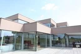 minimalistische Huizen door Neugebauer Architekten BDA