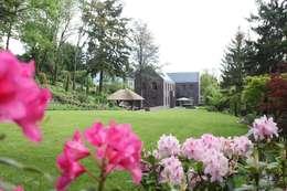Garten: klassischer Garten von Neugebauer Architekten BDA
