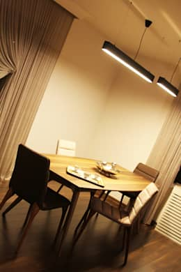 Gizem ONURMEN ARCHITECTS  – MAISON SE: modern tarz Yemek Odası