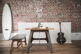 Comedores de estilo industrial por Pirol Furnituring