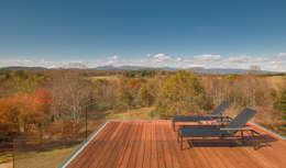Patios by Robert Gurney Architect