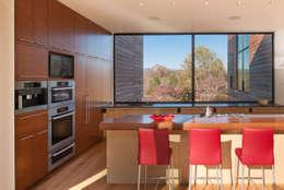 modern Kitchen by Robert Gurney Architect