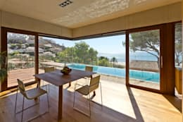 Salas de jantar minimalistas por Ascoz Arquitectura