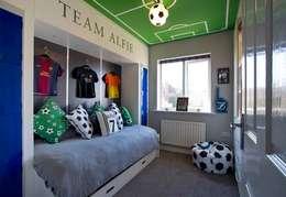 modern Bedroom by COOPER BESPOKE JOINERY LTD