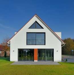 Moderne Satteldachhäuser 10 geniale einfamilienhäuser mit satteldach