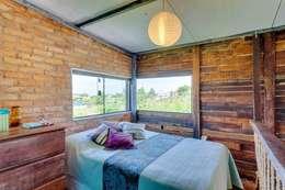 Ferraro Habitat: rustik tarz tarz Yatak Odası