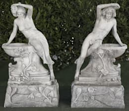 BACO Y VENUS DE JARDIN 58X38X105cm.: Jardín de estilo  de Ana Parra
