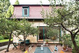 Haus Leopold im Wienerwald:  Terrasse von Sue Architekten ZT GmbH