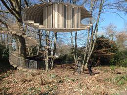 Baumhäuser: rustikaler Garten von baumhausprofi