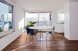 Salle à manger de style de style Moderne par Schwarz & Schwarz dipl. Architekten SIA