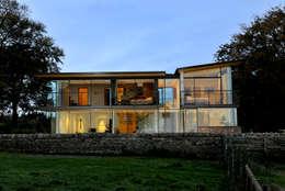Projekty, nowoczesne Domy zaprojektowane przez Hall + Bednarczyk Architects