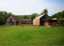 Veddw Farm, Monmouthshire: modern Houses by Hall + Bednarczyk Architects