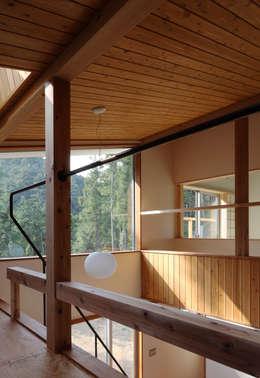 日高の家: TAMAI ATELIERが手掛けた窓です。
