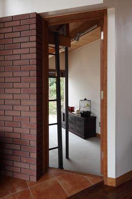 Phòng học/Văn phòng by TAMAI ATELIER