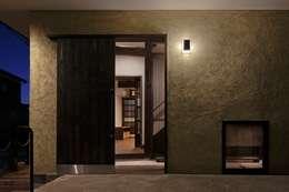 八潮の家: TAMAI ATELIERが手掛けた窓です。