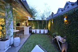 Jardines de estilo moderno por Tania Bertolucci  de Souza  |  Arquitetos Associados