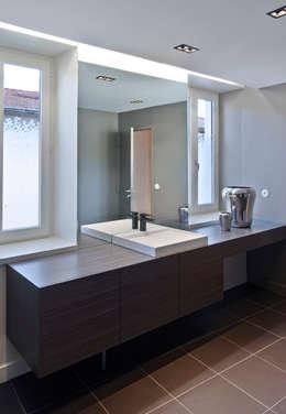 Projekty,  Łazienka zaprojektowane przez Lautrefabrique