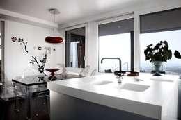 modern Kitchen by Murales Divinos