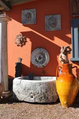 L'arte della pietra di Vicenza : Giardino in stile in stile Classico di Tonazzo Srl