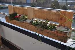 Balcones y terrazas de estilo rural por starg