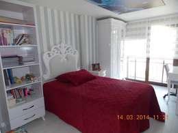 classic Nursery/kid's room by Vizyon mimarlık ve Dekorasyon