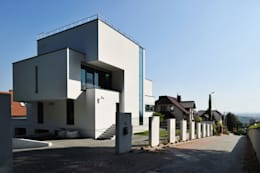 modern Houses by RS+ Robert Skitek