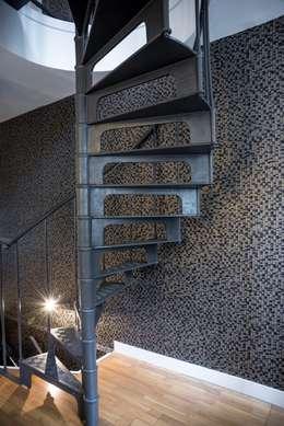 Escalier  - Après: Couloir, entrée, escaliers de style de style Moderne par CHRISTELLE MALDAGUE
