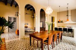 Comedores de estilo colonial por Taller Estilo Arquitectura