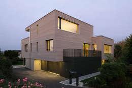 modern Houses by HKK Architekten Partner AG
