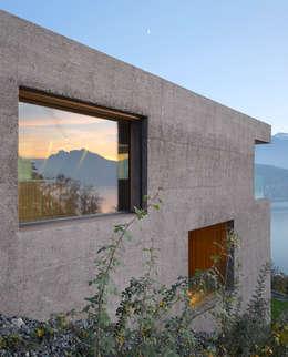 Ferienhaus Huse Vitznau: moderne Häuser von alp - architektur lischer partner ag