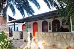 mediterrane Häuser von Angora Camping