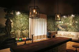 Widok na sciane w kregielni: styl eklektyczne, w kategorii Spa zaprojektowany przez SAFRANOW