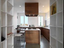 Кухни в . Автор – D3 Architetti Associati