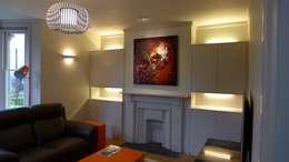 Salas / recibidores de estilo moderno por Style Within