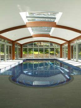 modern Zwembad door CCD Architects