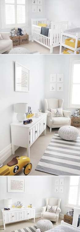 BABY BOOM: Chambre d'enfant de style de style Moderne par FCKN DESIGN