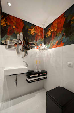 tropical Bathroom by Johnny Thomsen Design de Interiores