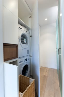 Ruang Ganti by 4+1 arquitectes