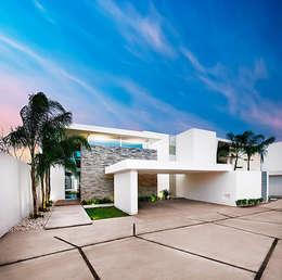 Projekty, nowoczesne Domy zaprojektowane przez Ancona + Ancona Arquitectos