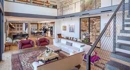 ห้องนั่งเล่น by Specht Architects