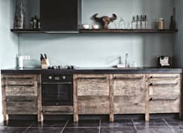 industrial Kitchen by RestyleXL